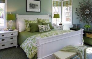 zelenyj-cvet-v-interere-spalni