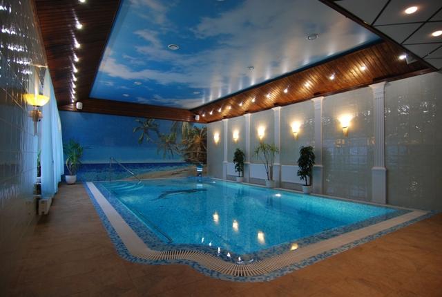 бассейн в частном доме_32