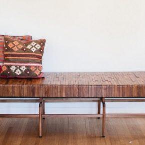 деревянная скамья