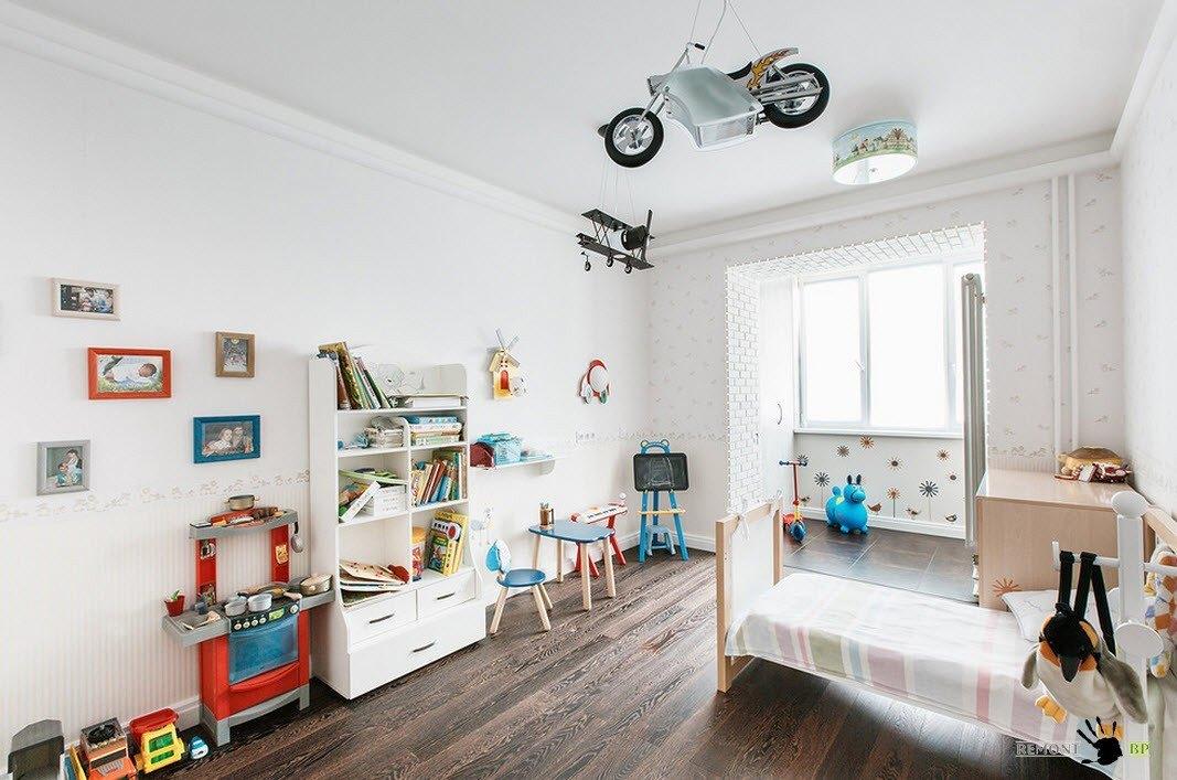 красим стены в детской