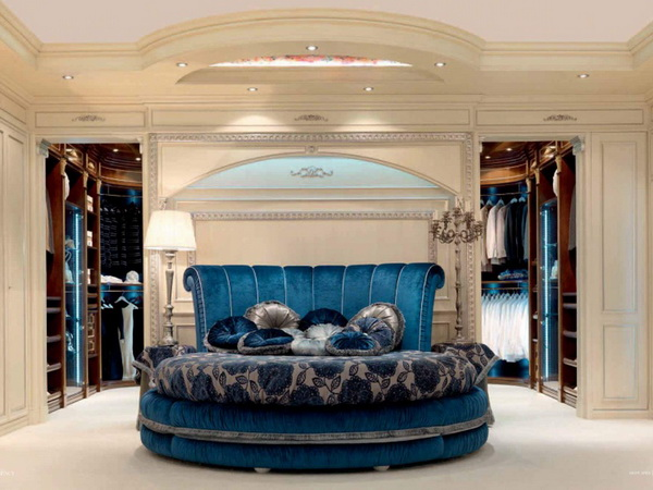 круглая кровать в спальне2