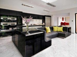 кухонный остров со встроенным диваном